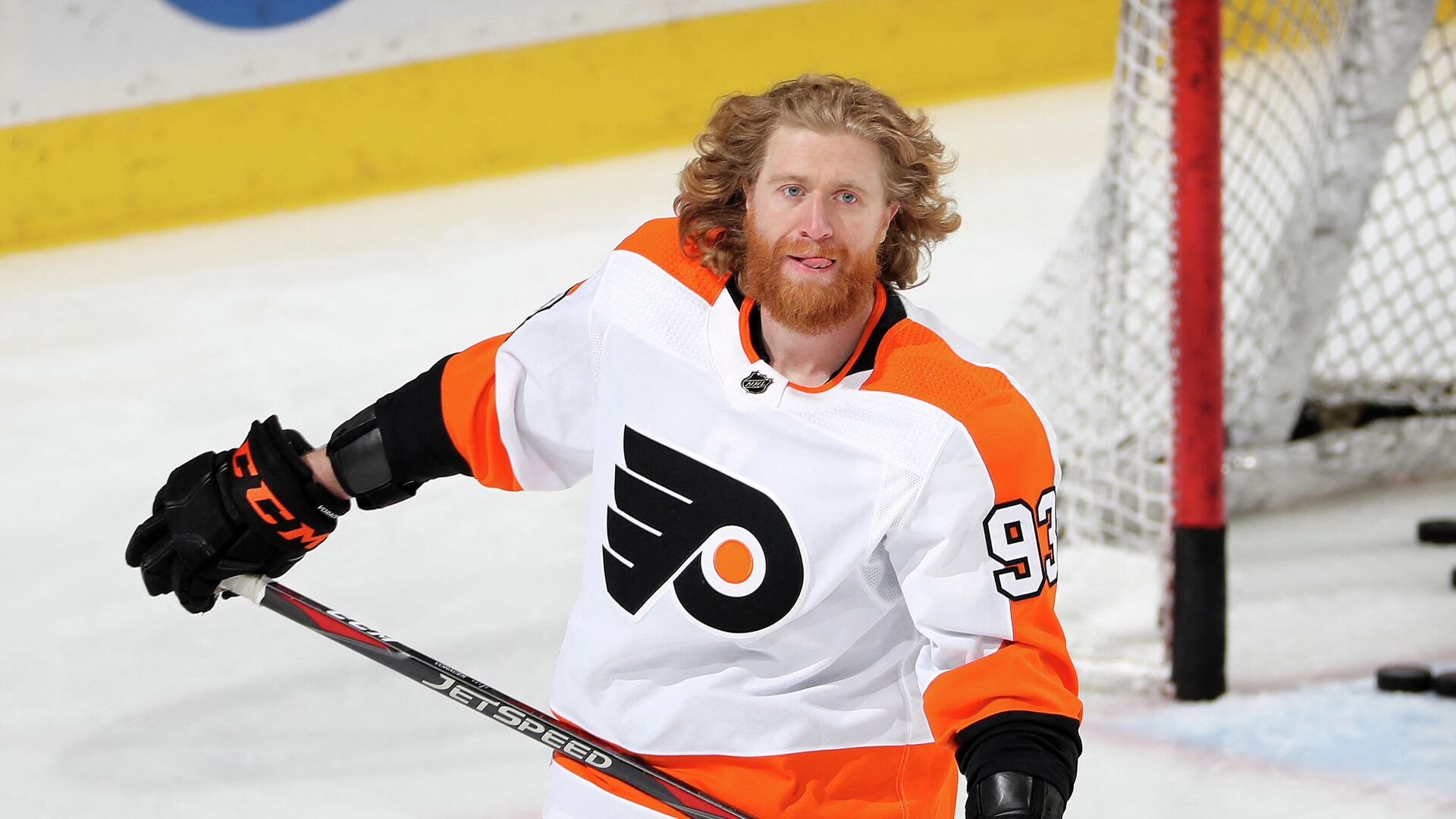NEWARK, NEW JERSEY - APRIL 27: Jakub Voracek #93 of the Philadelphia Flyers skates during warm ups before the game against the New Jersey Devils at Prudential Center on April 27, 2021 in Newark, New Jersey.   Elsa/Getty Images/AFP (Photo by ELSA / GETTY IMAGES NORTH AMERICA / Getty Images via AFP) - РИА Новости, 1920, 25.07.2021