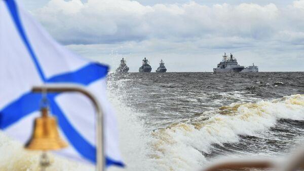 Корабли в Финском заливе перед началом Главного военно-морского парада по случаю Дня Военно-морского флота РФ