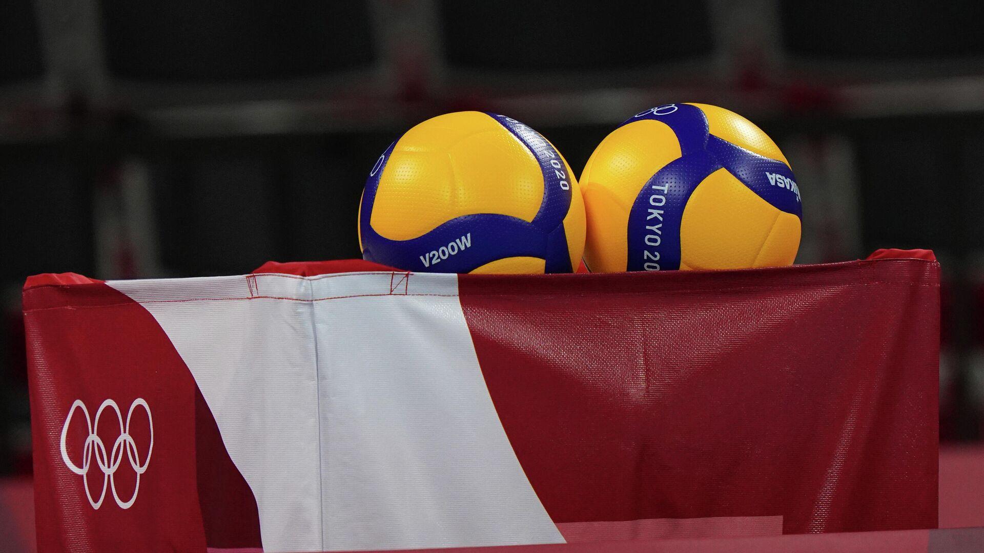 Волейбольные мячи с символикой XXXII Олимпийских игр в Токио. - РИА Новости, 1920, 28.07.2021