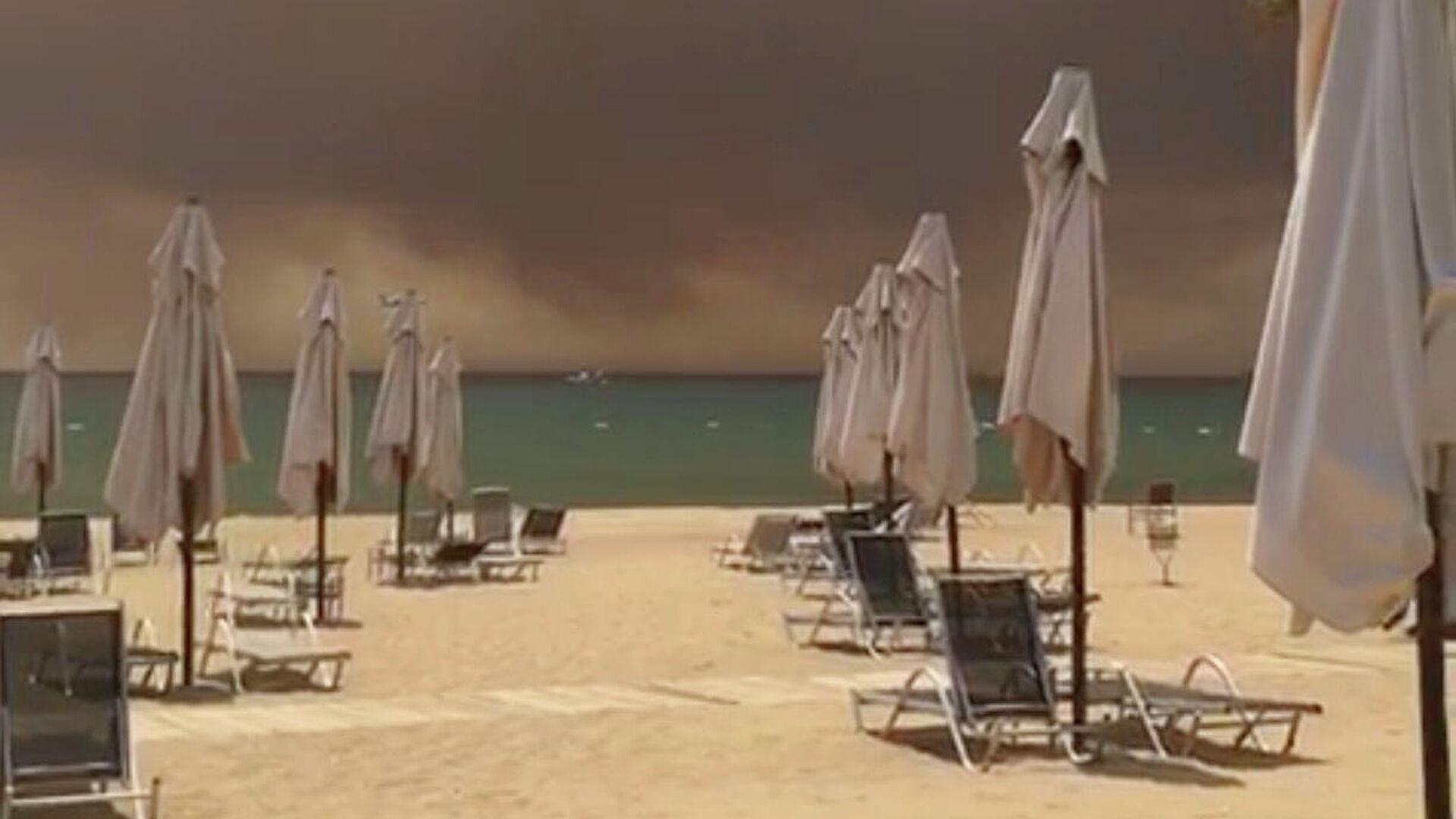 Дым от лесного пожара в Манавгате, Анталья, Турция - РИА Новости, 1920, 29.07.2021