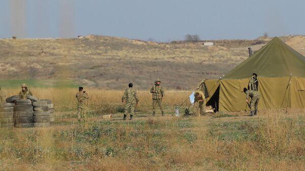 Азербайджанские военные на границе с Арменией
