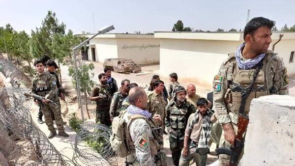 Военнослужащие правительственных войск Афганистана на линии соприкосновения с Талибами (запрещены в РФ) в Герате