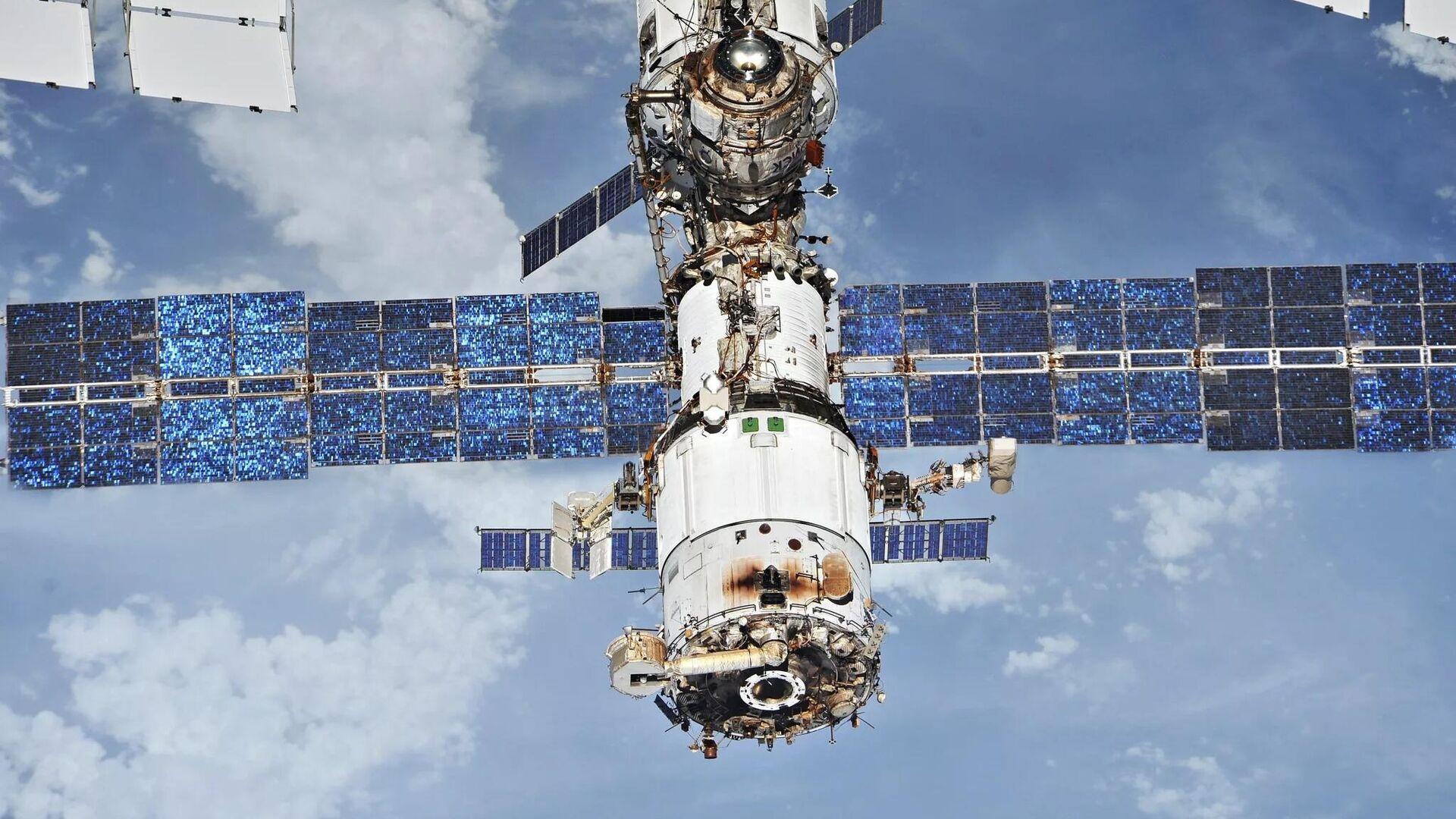 Модуль Звезда Международной космической станции - РИА Новости, 1920, 11.09.2021