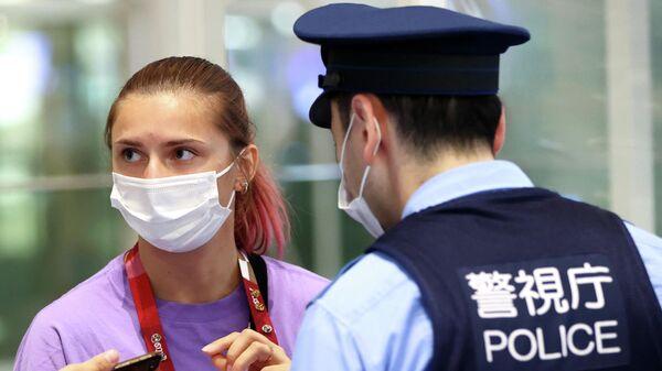 Кристина Тимановская в аэропорту Токио
