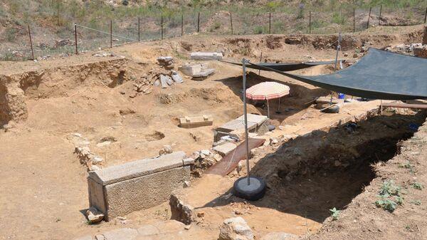 Раскопки в античном городе Парион в Турции