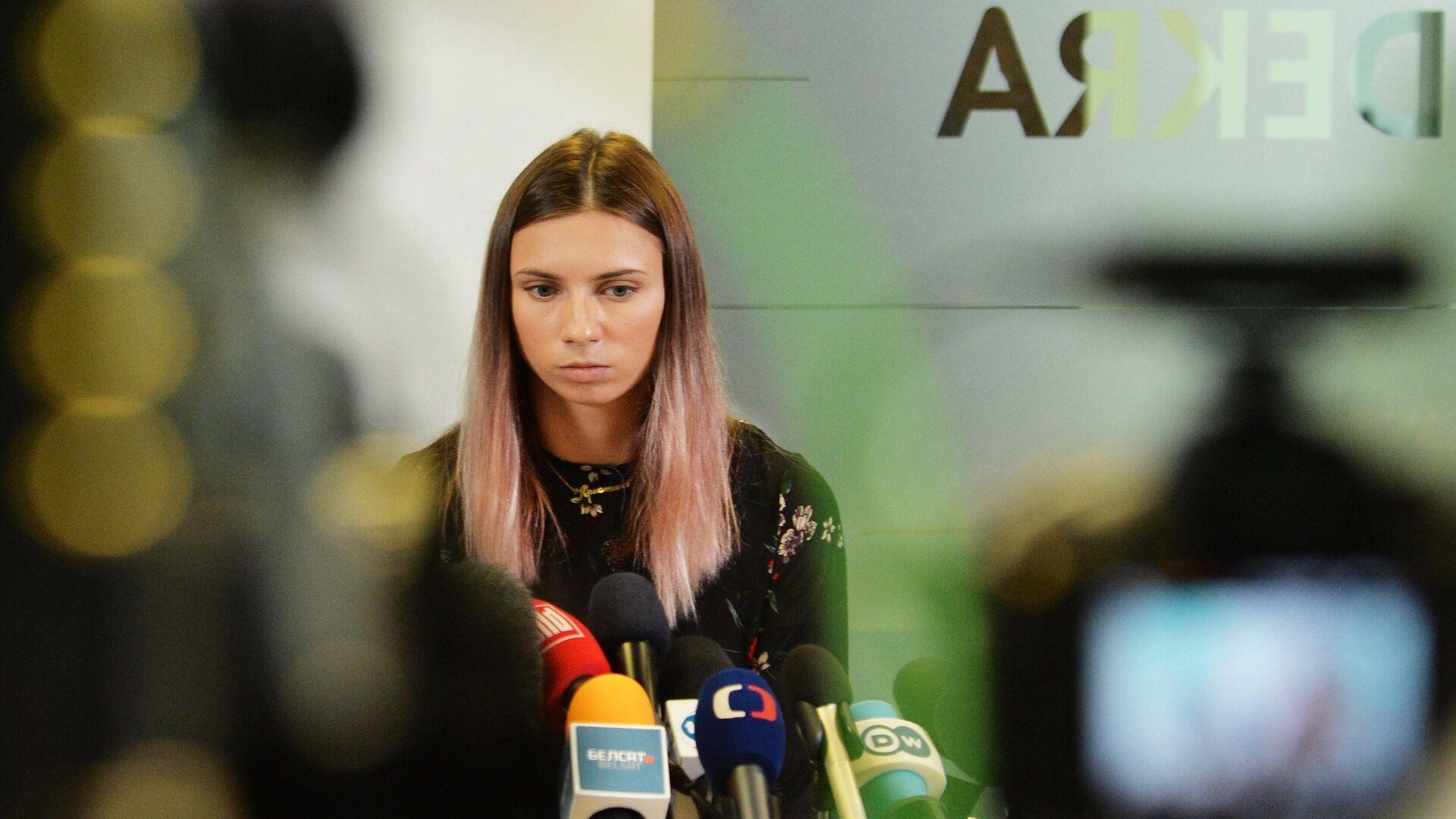 Белорусская легкоатлетка Кристина Тимановская во время пресс-конференции в Варшаве - РИА Новости, 1920, 06.08.2021