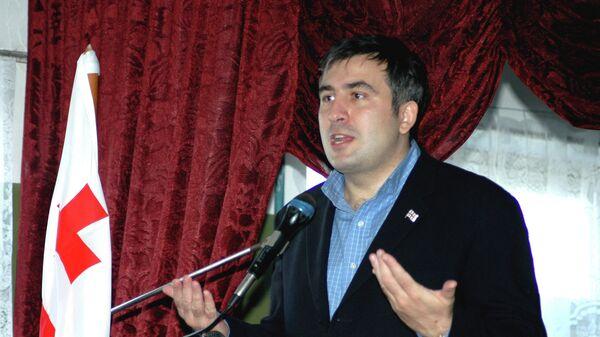 Президент Грузии Михаил Саакашвили. 2004 год