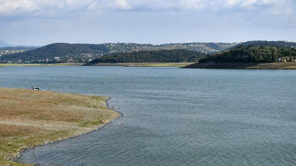 Симферопольское водохранилище, которое питается водами реки Салгир