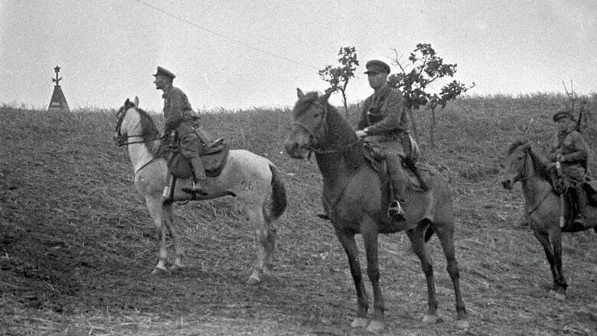 Наряд советских пограничников в районе озера Хасан. 1938 год - РИА Новости, 1920, 08.08.2021