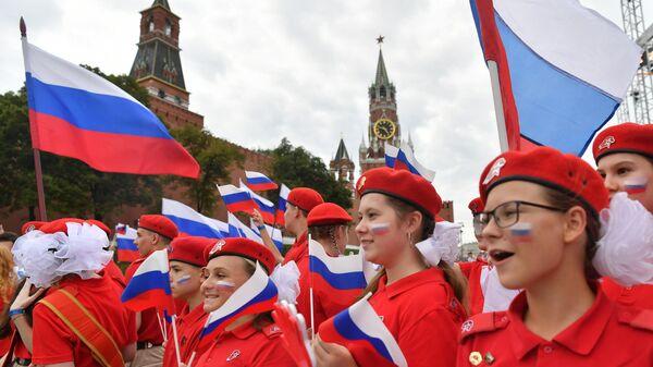 Юнармейцы перед началом концерта в честь российских спортсменов, выступавших на XXXII летних Олимпийских играх в Токио
