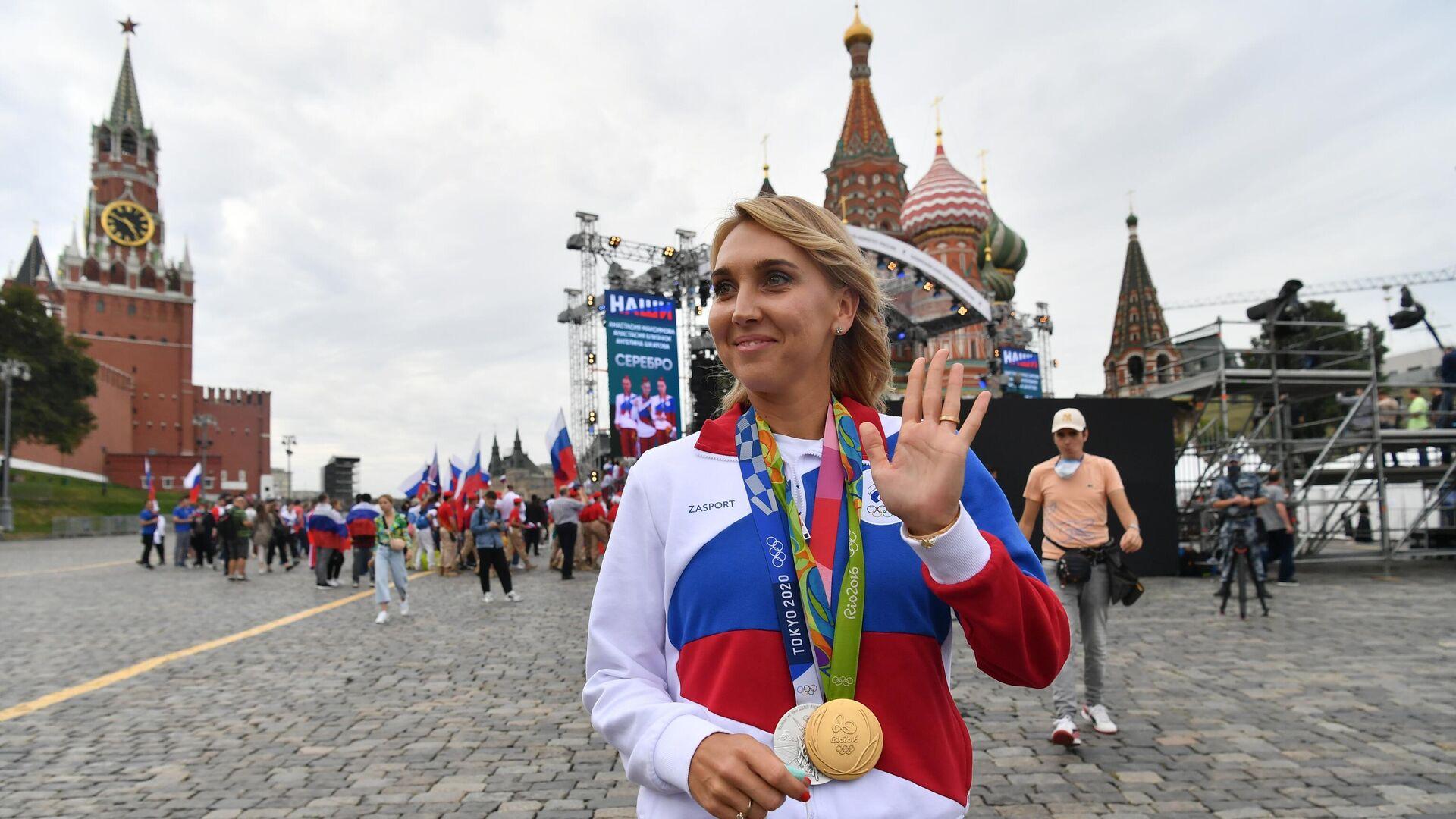 Елена Веснина, завоевавшая серебряную медаль в смешанном разряде турнира по теннису на XXXII летних Олимпийских играх в Токио - РИА Новости, 1920, 12.09.2021
