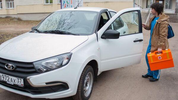 Санитарный автомобиль, приобретенный в рамках региональной программы модернизации первичного звена здравоохранения в Ивановской области
