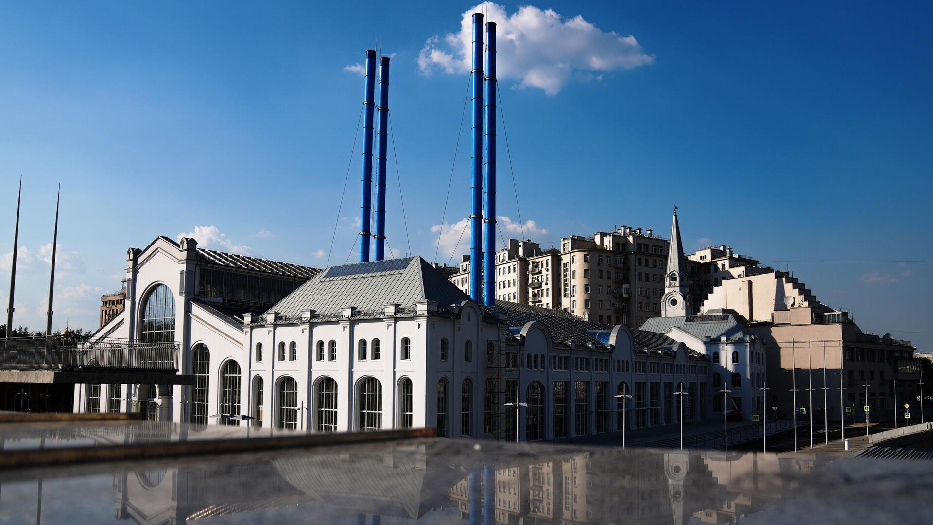 Вид на историческое здание ГЭС-2 в Москве - РИА Новости, 1920, 27.08.2021