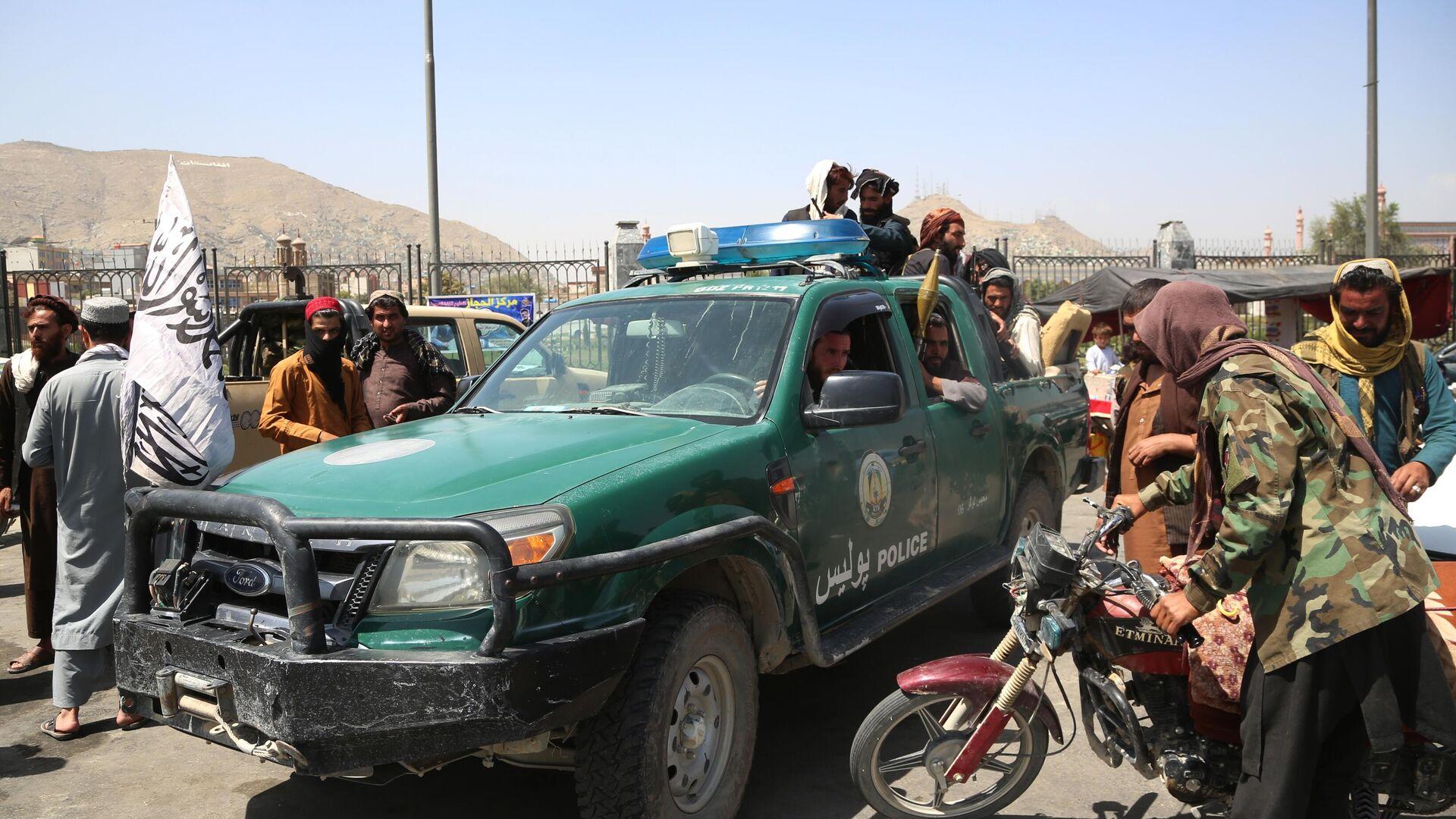 Боевики движения Талибан (террористическая организация, запрещена в России) в Кабуле - РИА Новости, 1920, 17.08.2021