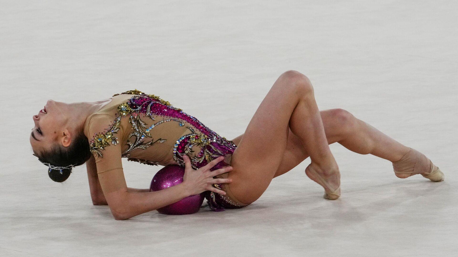 Олимпиада-2020. Художественная гимнастика. Индивидуальное многоборье. Квалификация - РИА Новости, 1920, 17.08.2021