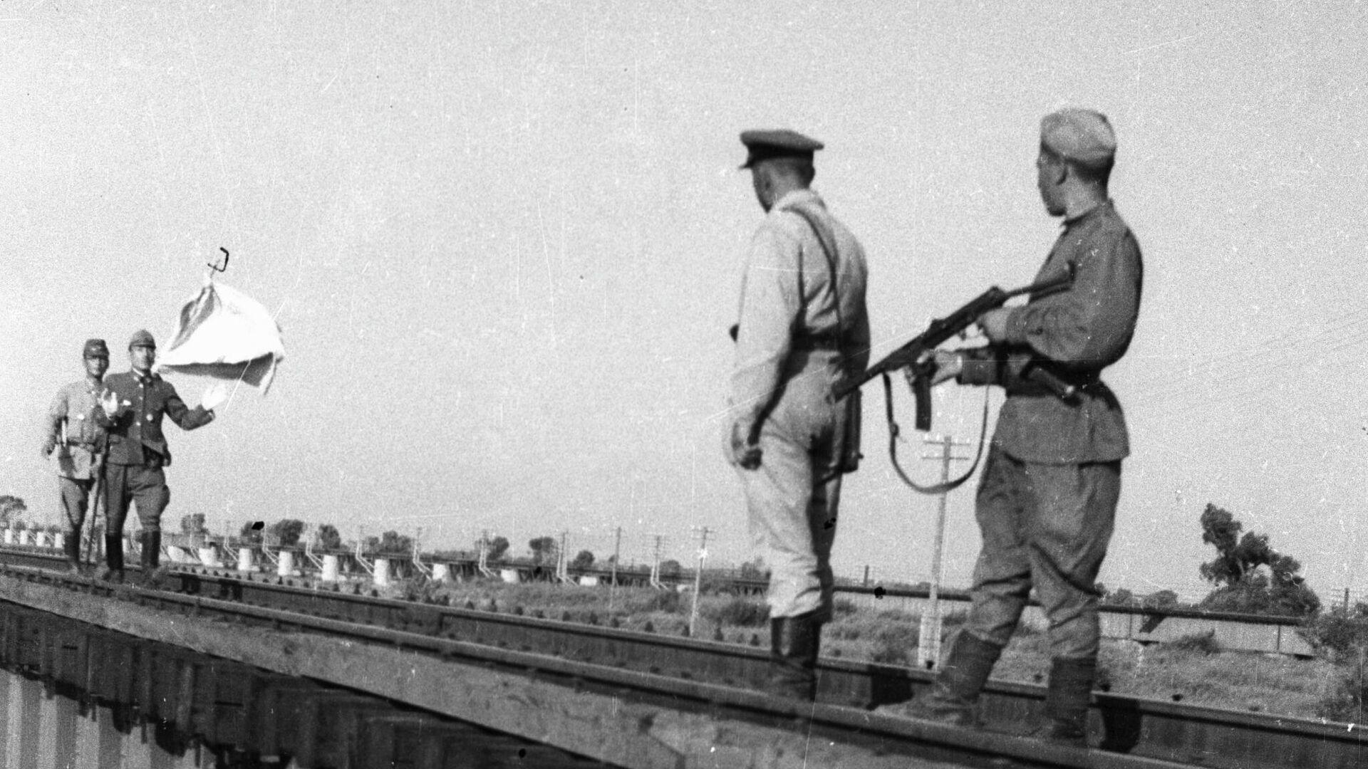 Встреча парламентеров капитулировавшей Квантунской армии - РИА Новости, 1920, 16.08.2021