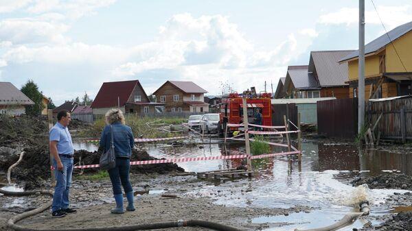 Подтопленная территория села Баклаши в Шелеховском районе Иркутской области