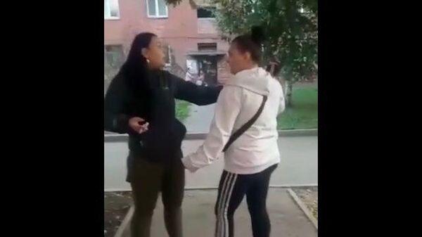 Драка и стрельба: в Новокузнецке поссорились две женщины