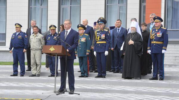 Омский губернатор поблагодарил Шойгу за сохранение кадетского корпуса