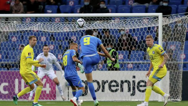 Нападающий сборной Украины Роман Яремчук в матче со сборной Казахстана.