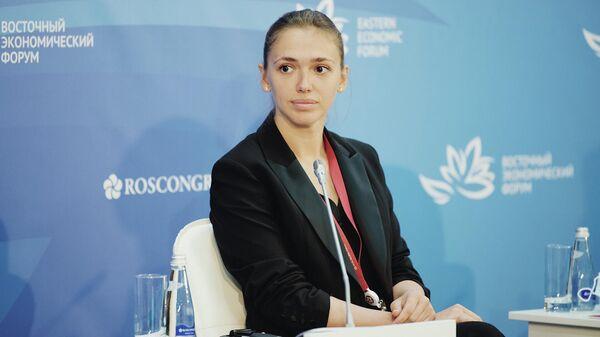 Глава Росмолодежи Ксения Разуваева