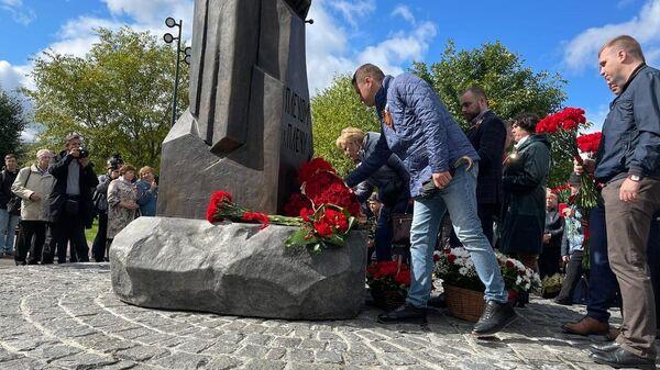 Памятник 13-й дивизии Московского народного ополчения в парке Яуза, Москва