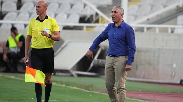 Главный тренер сборной Кипра Никос Костеноглу