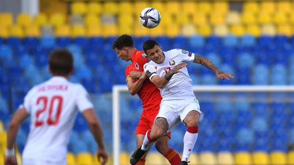 Игровой момент матча Белоруссия - Уэльс