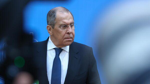 Министр иностранных дел РФ Сергей Лавров во время пресс-подхода в атриуме Главного штаба Эрмитажа в Санкт-Петербурге