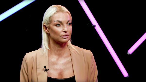Скриншот видеоинтервью Анастасии Волочковой в шоу ДаДа — НетНет