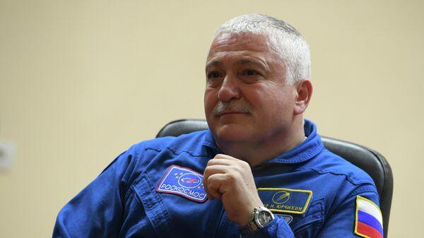 Космонавт Роскосмоса Федор Юрчихин во время пресс-конференции экипажа 51/52-й экспедиции на Международную космическую станцию