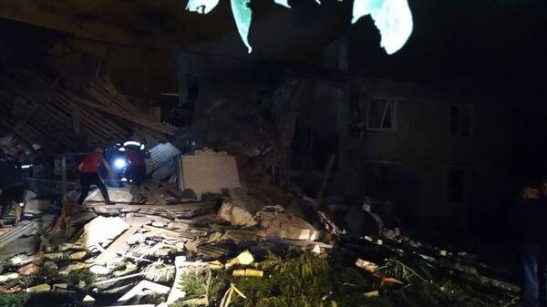 На месте взрыва газа в жилом доме под Ельцом