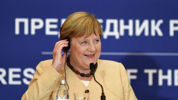 Канцлер Германии Ангела Меркель выступает на пресс-конференции в Белграде, Сербия