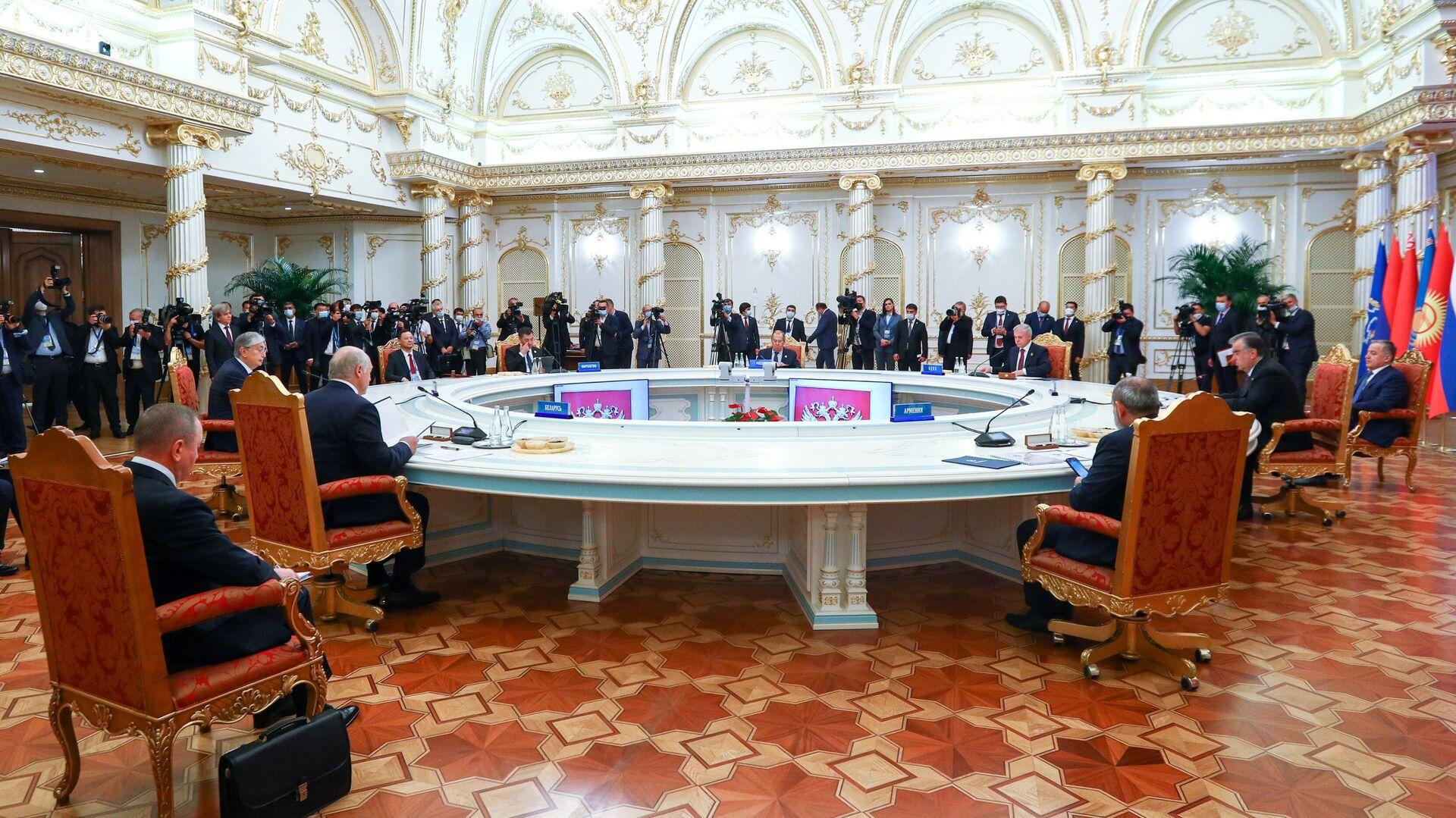 Заседание Совета коллективной безопасности ОДКБ - РИА Новости, 1920, 16.09.2021