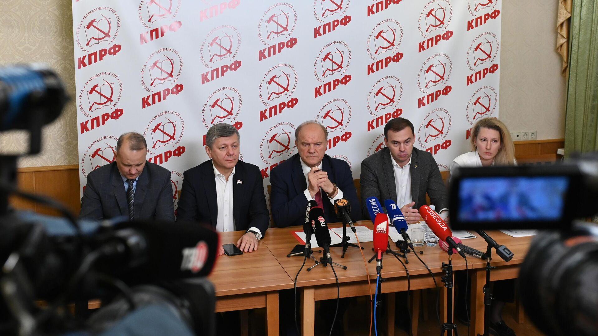 Эсеры выдвинули Бабакова на должность вице-спикера Госдумы