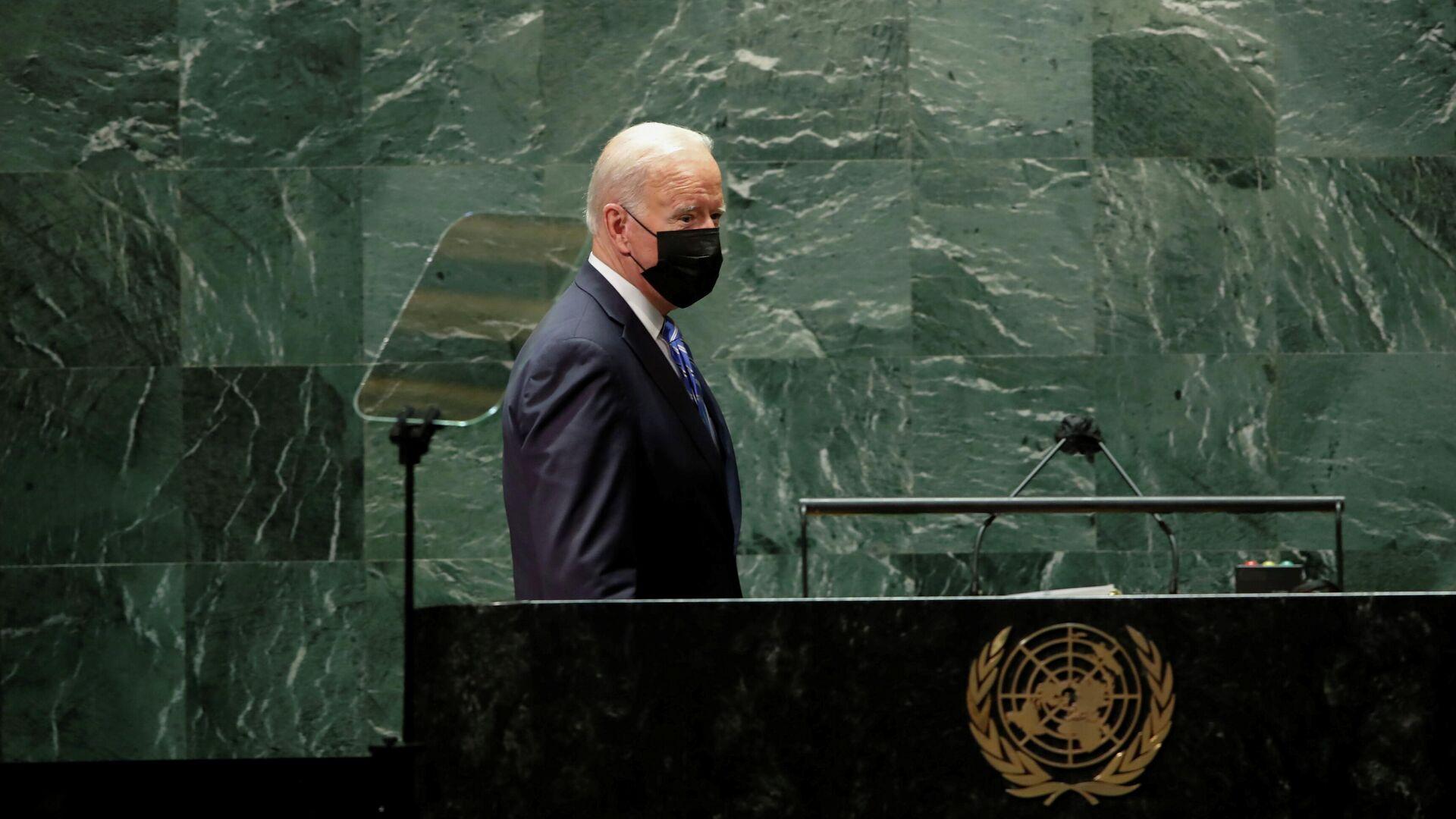 Президент США Джо Байден перед выступлением на сессии Генеральной Ассамблеи ООН в Нью-Йорке - РИА Новости, 1920, 11.10.2021