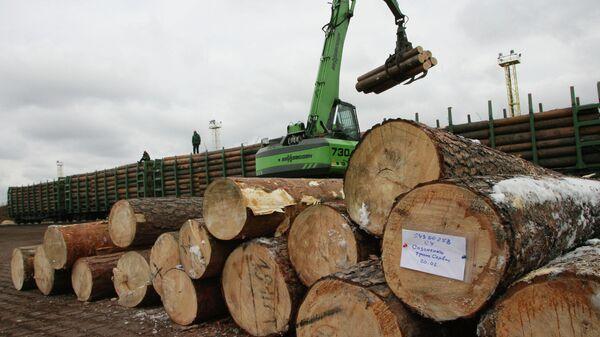 Погрузка древесины