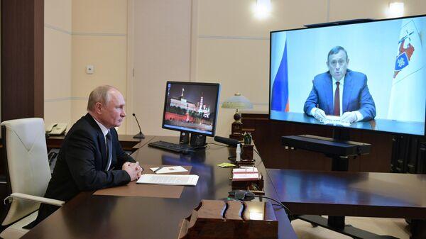 Президент РФ В. Путин встретился по видеосвязи с главой Марий Эл А. Евстифеевым