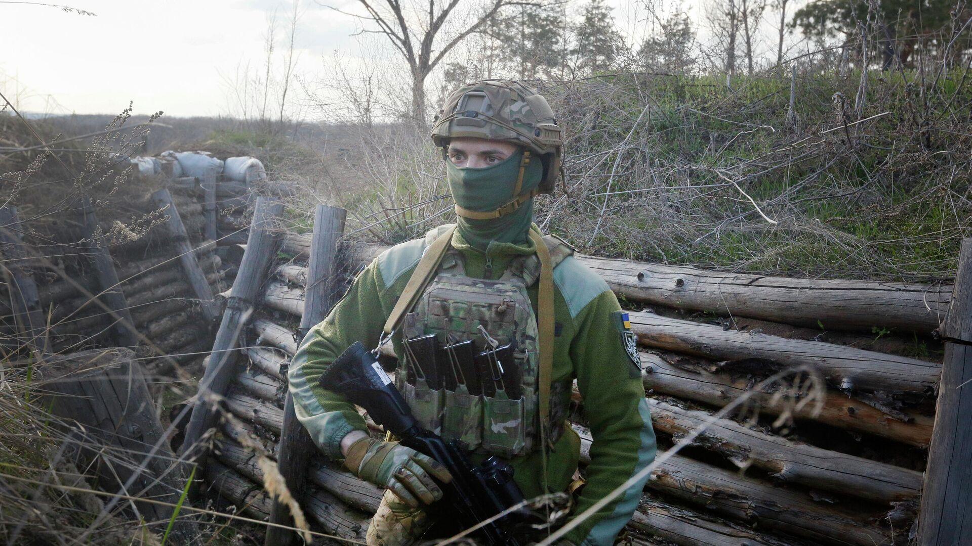 Военнослужащий армии Украины - РИА Новости, 1920, 12.10.2021
