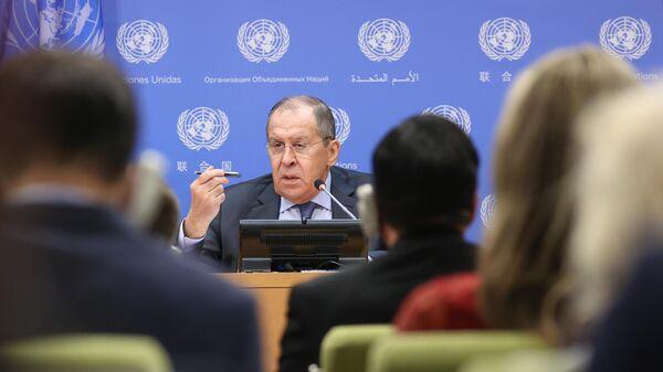 Министр иностранных дел РФ Сергей Лавров во время пресс-конференции на Генеральной Ассамблее Организации объединенных наций (ООН) в Нью-Йорке