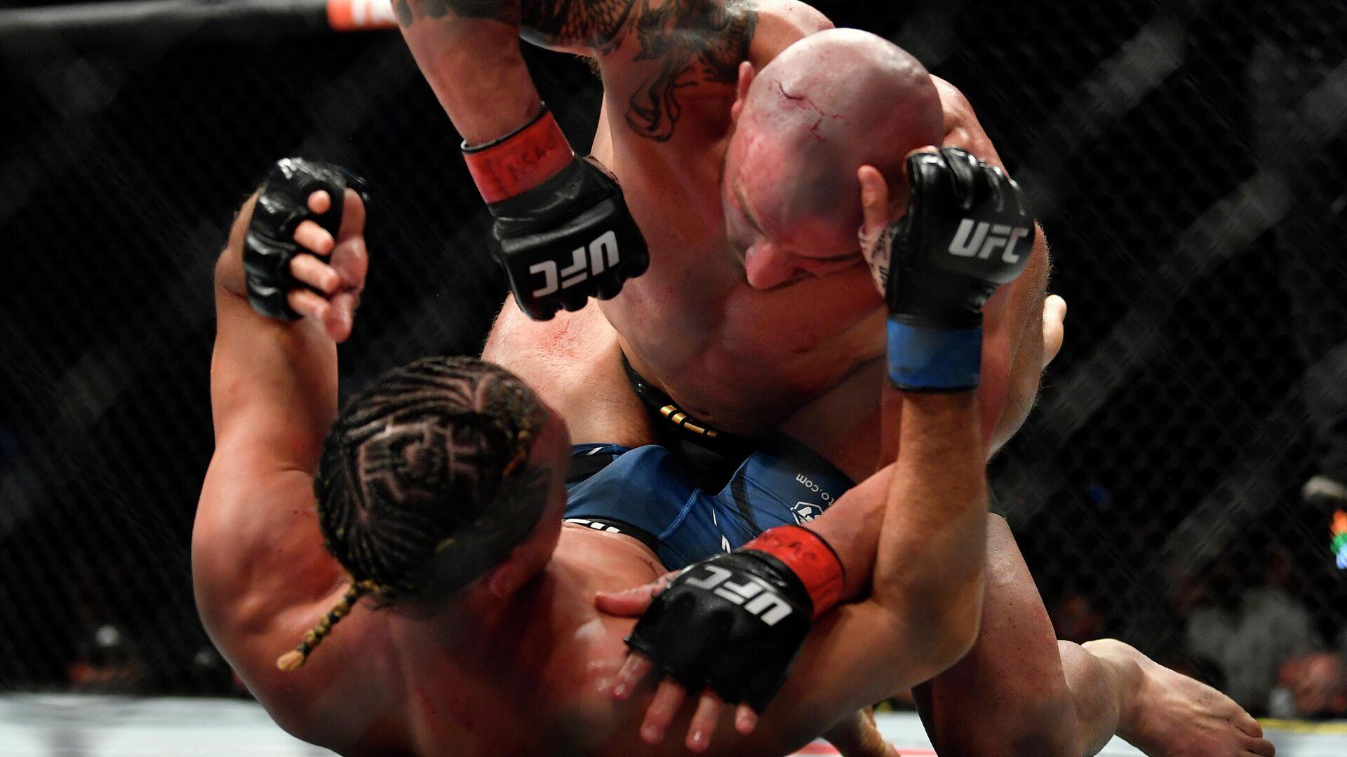 Волкановски против Ортеги на UFC 266 - РИА Новости, 1920, 26.09.2021