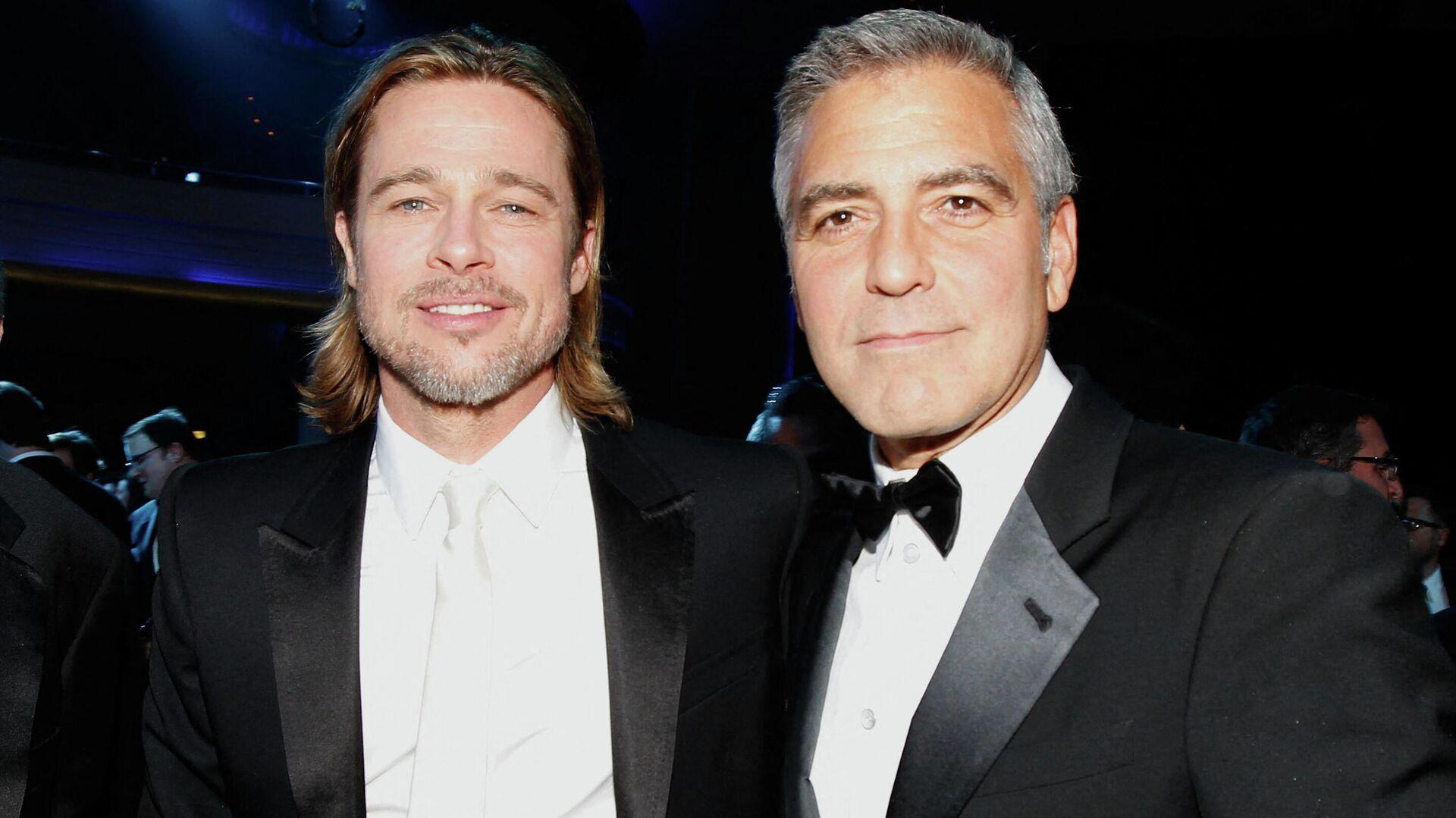 Брэд Питт и Джордж Клуни  - РИА Новости, 1920, 27.09.2021
