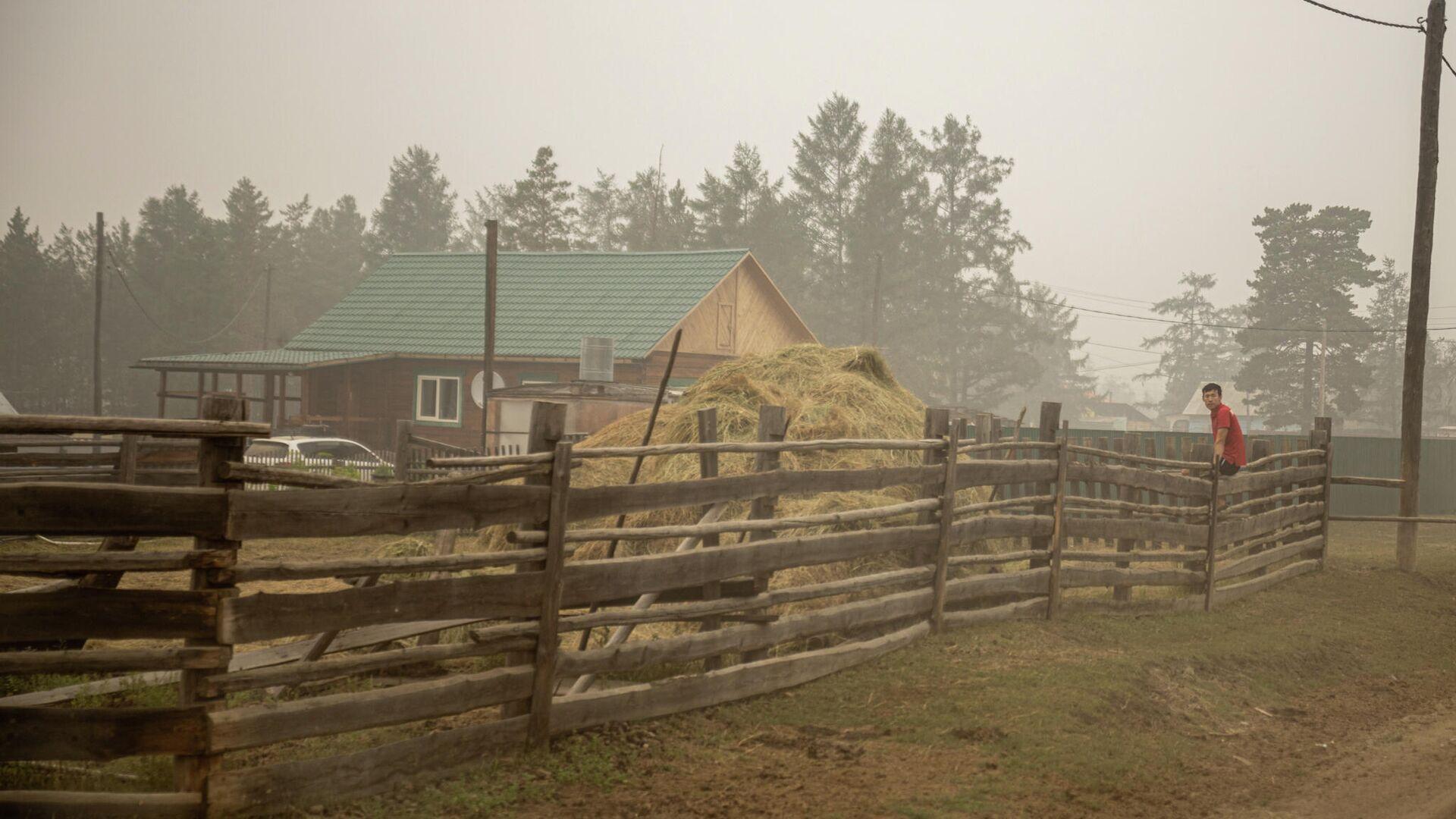 Территория села Бясь-Кюель в Якутии, пострадавшего от пожаров - РИА Новости, 1920, 27.09.2021