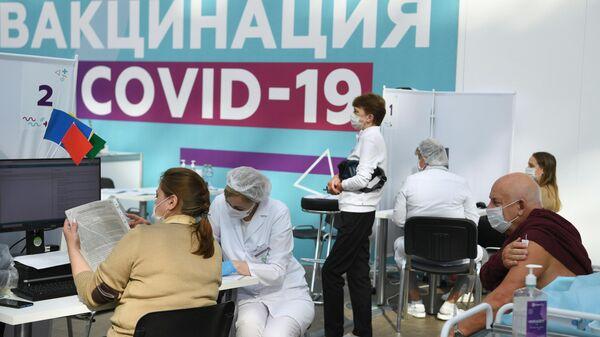 В Саратове расширили обязательную вакцинацию от коронавируса