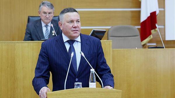 Губернатор Олег Кувшинников на сессии обновленного парламента Вологодчины