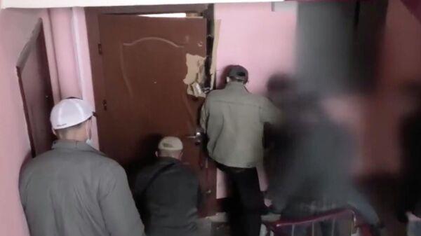 Сотрудники Комитета государственной безопасности Белоруссии во время спецоперации. Кадр оперативной съемки