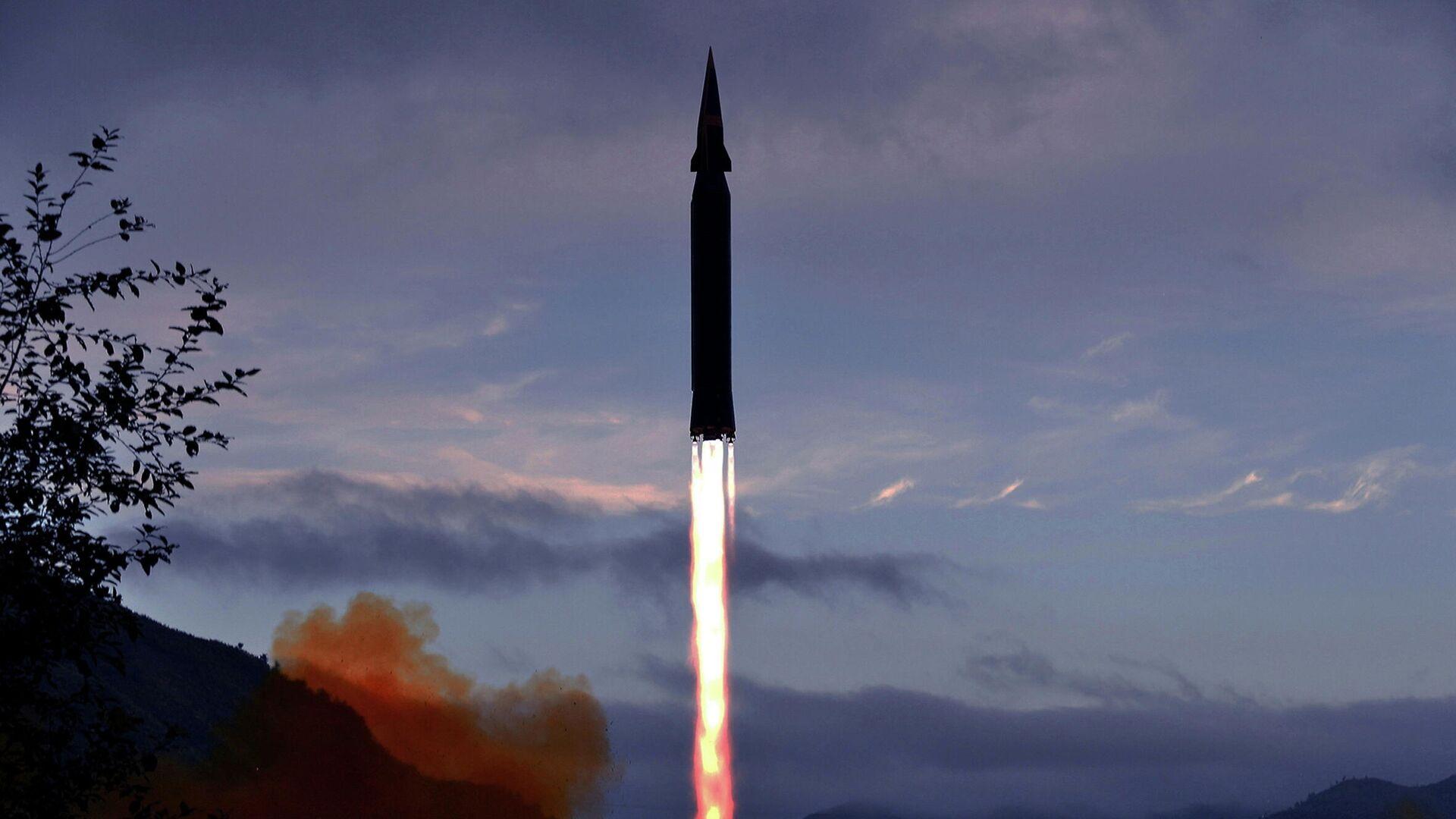 КНДР подтвердила сообщения об испытаниях новой гиперзвуковой ракеты - РИА  Новости, 29.09.2021