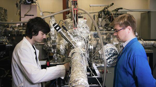 """Трансформация материи. Ученые рассказали о технологии атомарной """"сварки"""""""