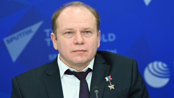 Космонавт Олег Котов