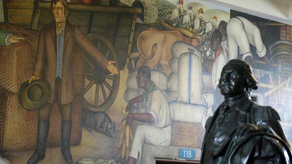 Панно Жизнь Вашингтона Виктора Арнаутова в средней школе в Сан-Франциско